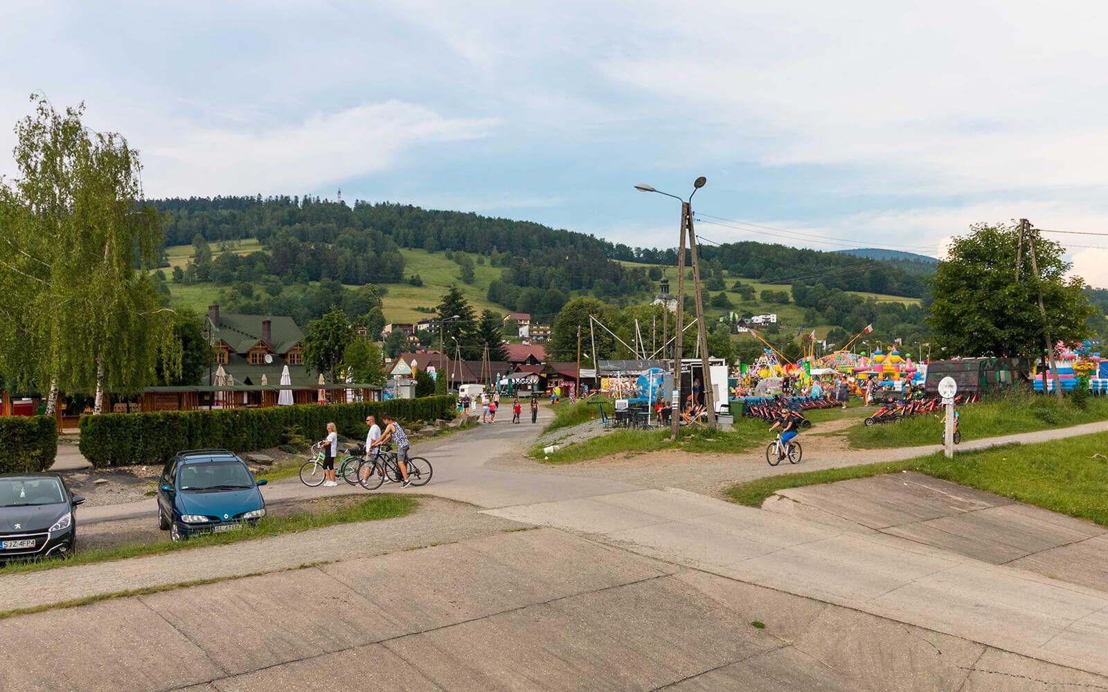 Wesołe miasteczko wcentrum Brennej