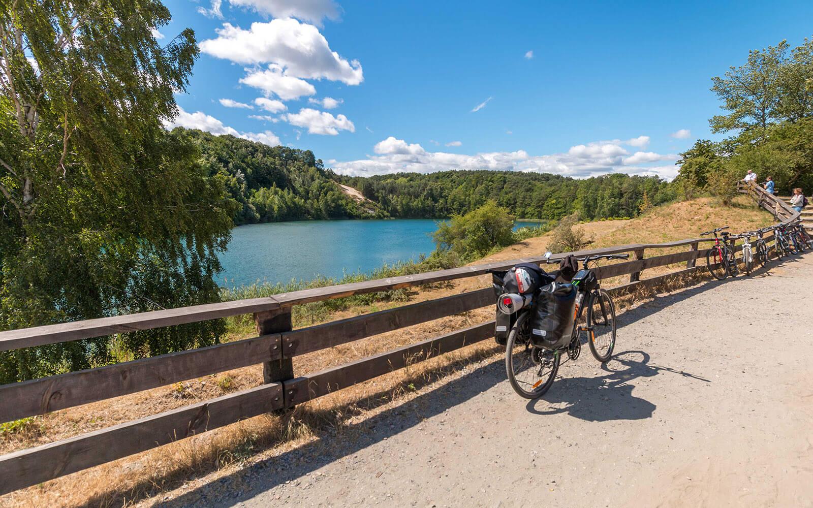 Jezioro turkusowe - wycieczka rowerowa